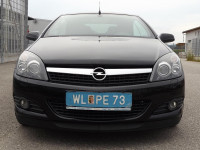 Opel Astra Twin Top Cosmo 2,0iTurbo Leder Xenon PDC 1HandAlu18″ Mod2007 Sportfahrwerk Sitzheizung 1aTop bei  HWS || Auto Pilz Erich in Marchtrenk, Wels, Linz